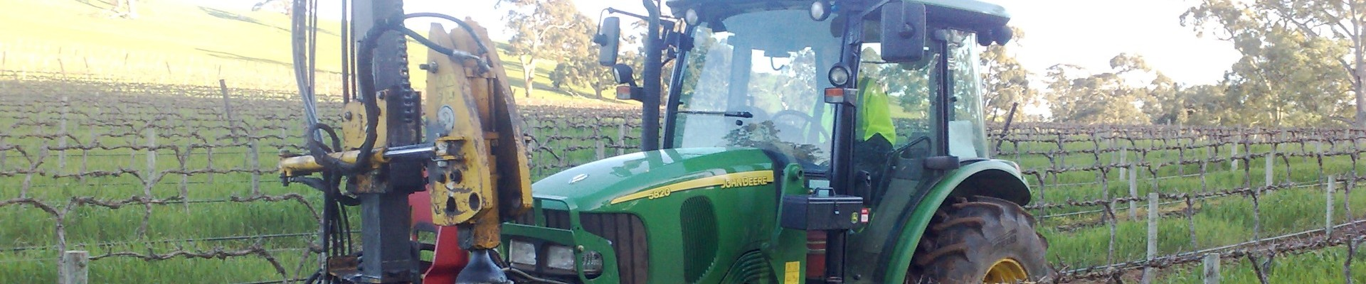 Rebaud Post Driver with Ackland Vineyard Services